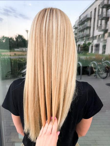 kobieca-fryzura-galeria-zdjec-naturalny-odcien-blondu-najlepszy-fryzjer-poznan