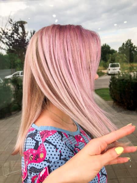 kobieca-fryzura-galeria-zdjec-rozowa-koloryzacja-wielotonowa-najlepszy-fryzjer-poznan