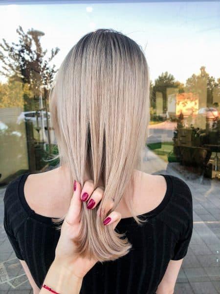 kobieca-fryzura-galeria-zdjec-blond-koloryzacja-wielotonowa-wlosy-dlugie-najlepszy-fryzjer-poznan