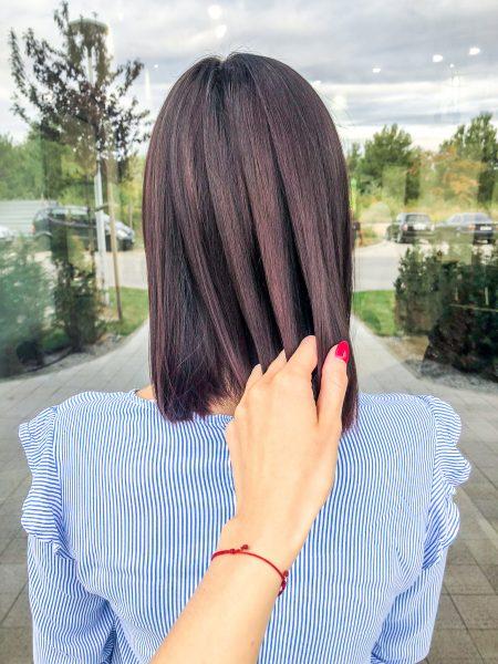 kobieca-fryzura-galeria-zdjec-brazowa-koloryzacja-wielotonowa-z-odcieniami-bordo-najlepszy-fryzjer-poznan