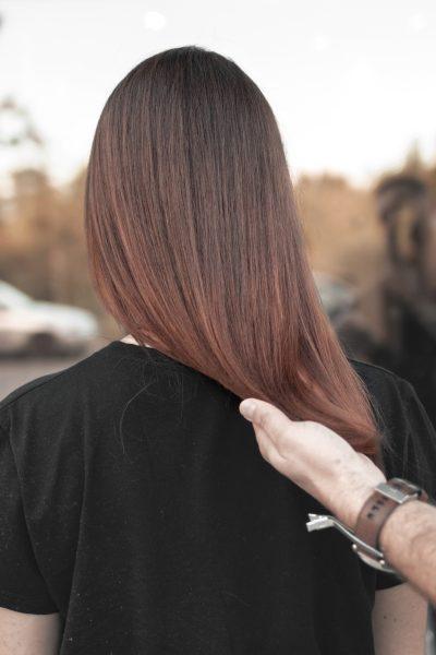 kobieca-fryzura-galeria-zdjec-brazowa-koloryzacja-wlosy-dlugie-najlepszy-fryzjer-poznan
