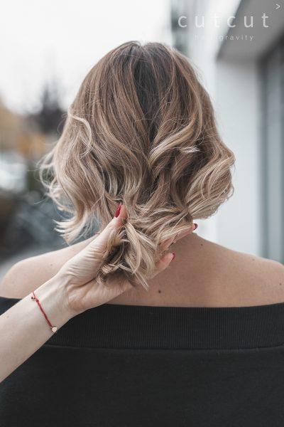 kobieca-fryzura-galeria-zdjec-blond-koloryzacja-wielotonowa-najlepszy-fryzjer-poznan