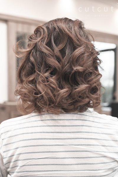 kobieca-fryzura-glaeria-zdjec-piekne-kobiece-fale-najlepszy-fryzjer-poznan