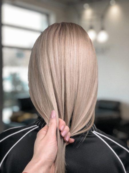 kobieca-fryzura-galeria-zdjec-czysty-odcien-blondu-2-najlepszy-fryzjer-poznan