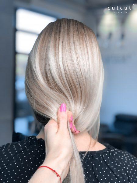 mieszanka-cieplych-i-chlodnych-odcieni-blondu