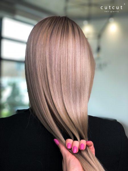 kobieca-fryzura-galeria-zdjec-odswiezenie-koloru-w-cieplych-tonacjach-najlepszy-fryzjer-poznan