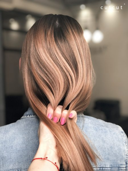 kobieca-fryzura-galeria-zdjec-przepiekna-wielotonowa-koloryzacja-najlepszy-fryzjer-poznan