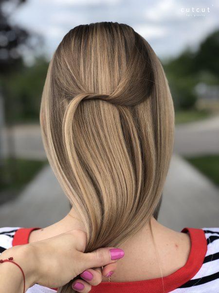 kobieca-fryzura-galeria-zdjec-naturalne-refleksy-musniete-sloncem-najlepszy-fryzjer-poznan