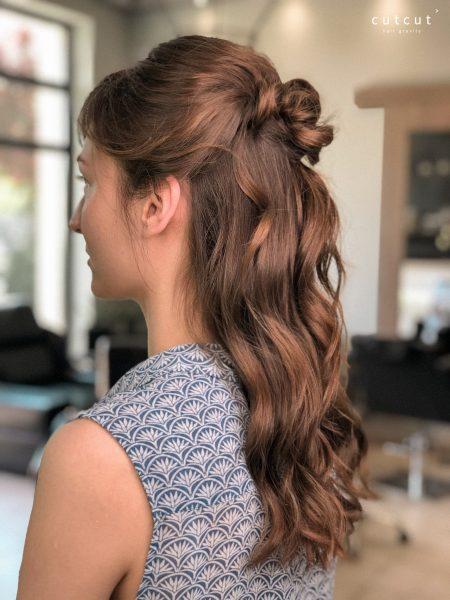 kobieca-fryzura-galeria-zdjec-delikatne-upiecie-w-wykonaniu-kamili-najlepszy-fryzjer-poznan