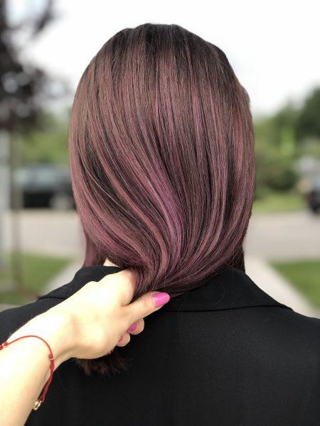 kobieca-fryzura-galeria-zdjec-koloryzacja-w-odcieniu-fioletu-najlepszy-fryzjer-poznan