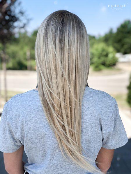 kobieca-fryzura-galeria-zdjec-koloryzacja-jednolita-z-naturalnym-odrostem-najlepszy-fryzjer-poznan
