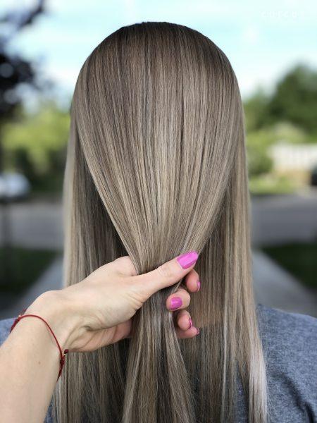 kobieca-fryzura-galeria-zdjec-podciaganie-blondu-z-refleksami-najlepsz-fryzjer-poznan