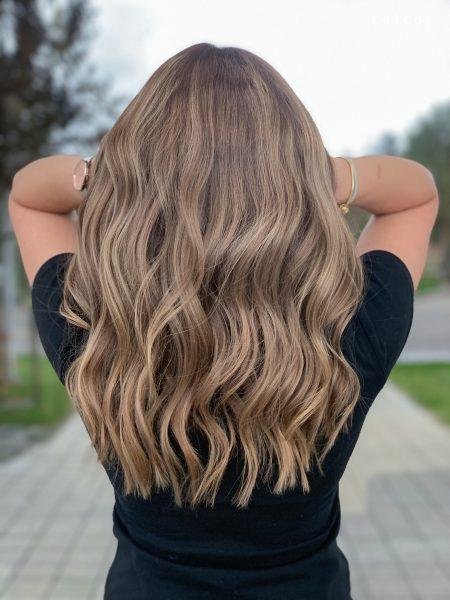 kobieca-fryzura-galeria-zdjec-odswiezenie-koloru-po-refleksach-najlepszy-fryzjer-poznan