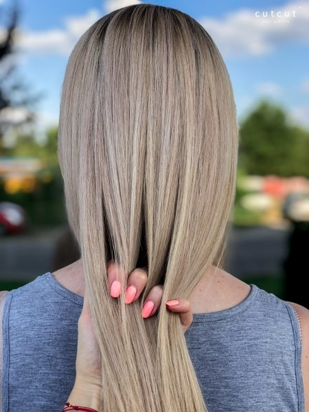kobieca-fryzura-galeria-zdjec-podciaganie-blondu-chlodne-tonacje-zabieg-najlepszy-fryzjer-poznan
