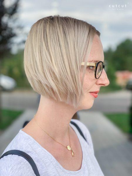 kobieca-fryzura-galeria-zdjec-strzyzenie-plus-koloryzacja-w-chlodnych-odcieniach-najlepszy-fryzjer-poznan
