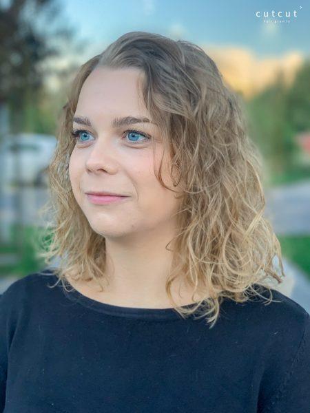 kobieca-fryzura-galeria-zdjec-strzyzenie-w-wykonaniu-piotra-2-najlepszy-fryzjer-poznan