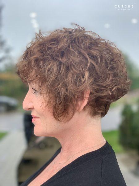 kobieca-fryzura-galeria-zdjec-strzyzenie-w-wykonaniu-piotra-3-najlepszy-fryzjer-poznan