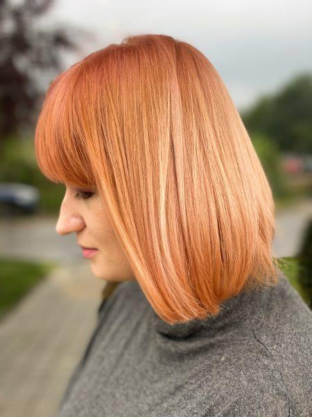 kobieca-fryzura-galeria-zdjec-fantastyczna-brzoskwiniowa-koloryzacja-najlepszy-fryzjer-poznan